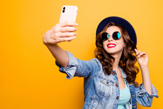 Can excessive selfies lead to narcissism?